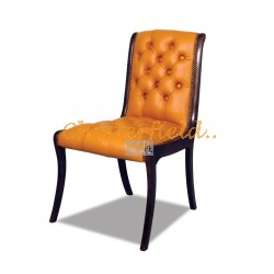 Classic Orange Chesterfield Stuhl